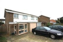 Semi-Detached Bungalow to rent in Robin Way...