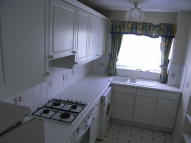 2 bed Apartment to rent in Hadleigh Court...