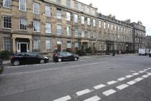 4 bedroom Flat in Henderson Row, Edinburgh...