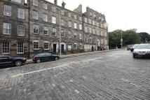 Flat to rent in Howe Street, Edinburgh...