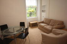 Flat to rent in Harden Place, Edinburgh...