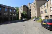 3 bed Ground Flat to rent in SUNBURY PLACE, Edinburgh...