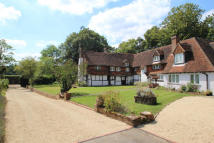 7 bed Detached home in Fisher Lane...