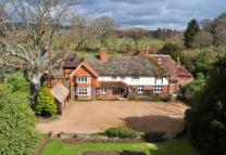 Country House in Mannings Hill, Cranleigh...