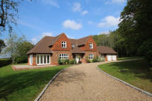 5 bedroom Detached house for sale in Smithwood Common...