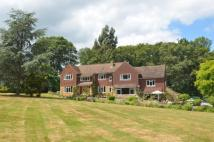 Detached property in PLAISTOW ROAD, Dunsfold...