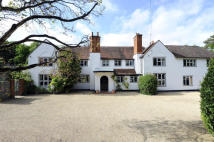 7 bed Country House in Grenville Road...