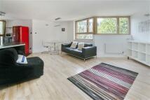 Apartment in Whistler Walk, SW10