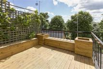 Apartment to rent in Ifield Road, SW10