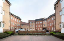 1 bedroom Apartment to rent in Captains Walk...