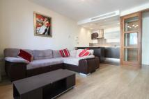 Flat to rent in West Smithfield...