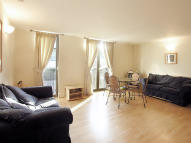 Flat to rent in Hayne Street, Barbican...
