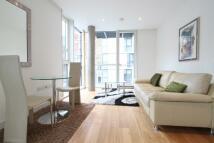 Flat to rent in Haydon Street...