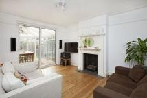4 bed semi detached house in Leconfield Avenue...