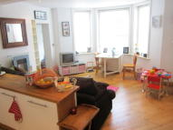 2 bed Ground Flat to rent in Upper Grosvenor Road...