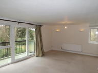 Ground Flat to rent in Molyneux Park Road...