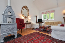 4 bed Detached property to rent in Bayham Abbey, TN3