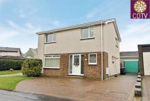 8 Millfield Avenue Detached Villa for sale