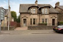 3 bed Semi-detached Villa in 121 Glasgow Road...