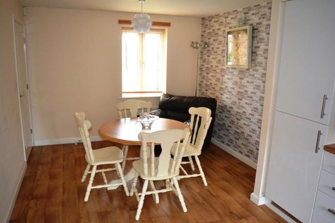 Dining Area S66 1...