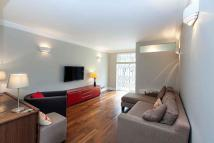 Flat to rent in Saxon Hall, Palace Court...