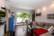 Flat in Arundel Gardens, London