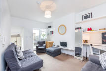 2 bed Flat to rent in Harrow Road, Kensal Green