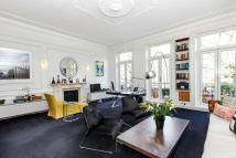 Flat to rent in Westbourne Park Road...