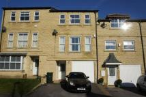 4 bedroom Town House to rent in Paslew Court, Keighley...