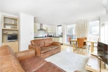 Flat to rent in High Holborn, London...
