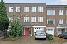 5 bed home in St Mary Abbots Terrace...