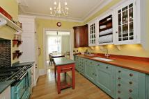 4 bed Town House to rent in Campden Grove Kensington...
