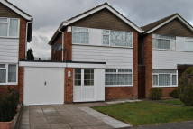 3 bedroom Link Detached House in Silverlands Close...