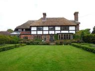 6 bedroom Detached property to rent in Cakeham Road...