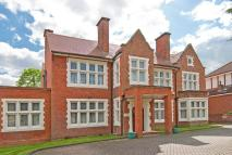 8 bed Detached property for sale in Yewlands, Hoddesdon