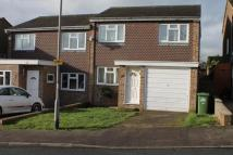 3 bedroom semi detached home to rent in 3 Bed House Cheshunt