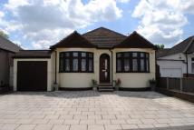 3 bed Bungalow in Stanley Road, Hornchurch