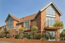 Apartment to rent in Manor Hall Manor Road...