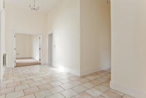 Apartment to rent in Rosebury Square...