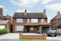 4 bed Detached property for sale in Lee Grove, Chigwell...