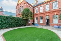 3 bed semi detached property in Alexandra House...