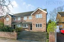 4 bedroom semi detached home to rent in Lechmere Avenue...
