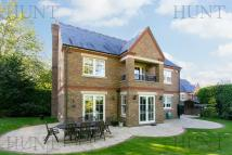 5 bed Detached home in Clarence Gate...