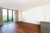 2 bed Ground Flat to rent in Whitehall Road...