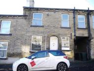 2 bedroom Terraced house in New Street, Idle...