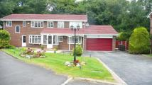 5 bedroom Detached home in The Glen, Bolton, BL1