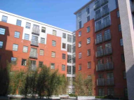 2 bedroom Apartment in The QuadrangleLower...