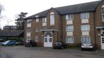 1 bedroom Flat in Cunard Crescent,  London...