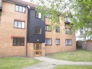 Flat to rent in King Henrys Mews...