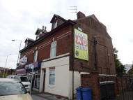 Studio apartment to rent in SHAW HEATH, Stockport...
